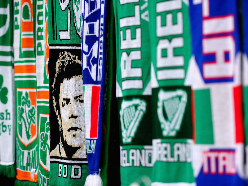Brian O'Driscoll on scarves prior to Ireland