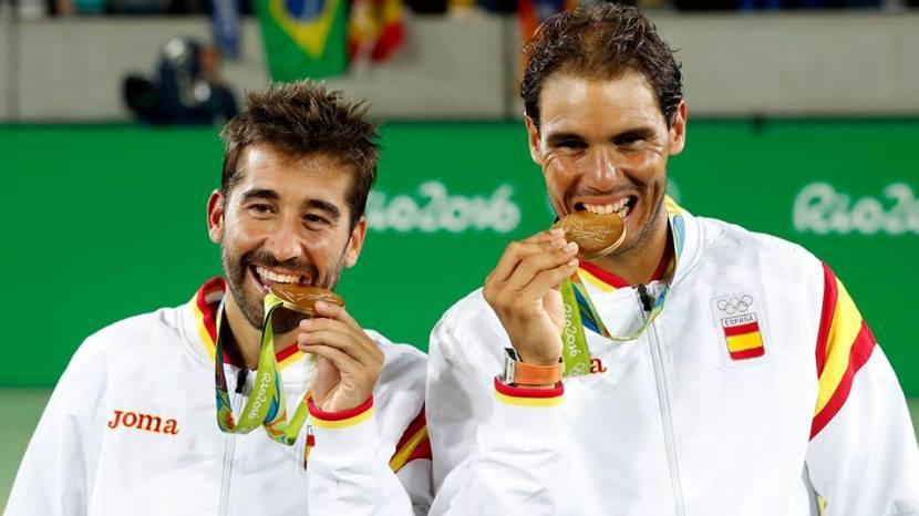 Rafa-Nadal-y-Marc-López-medalla-de-oro
