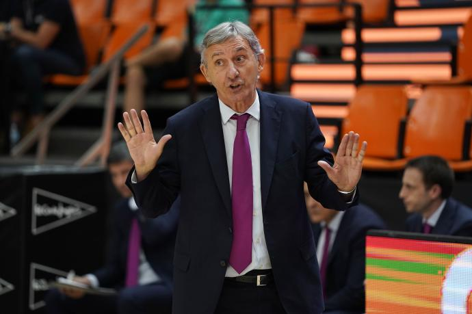 Pesic destituido tras perder la final de 2020